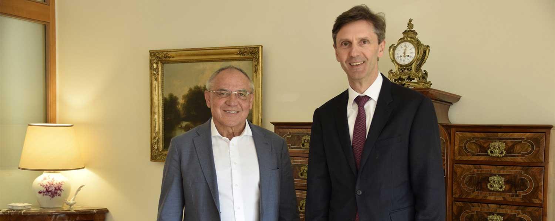 FLYERALARM Global Soccer - Felix Magath in der Österreichschischen Botschaft